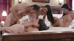 Lively hotties Gia Paige, Avi Honour and Silvia Saige share a stud